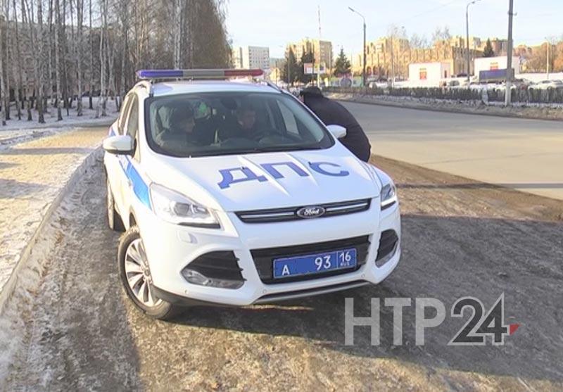 Мотоциклист ударил инспектора ДПС вНижнекамске