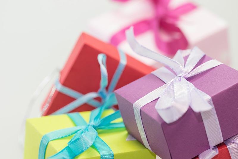 Какие подарки получат мужчины иженщины— Исследование