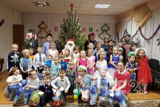В Нижнекамске стартует благотворительная новогодняя акция медиахолдинга НТР «Стань Дедом Морозом!»