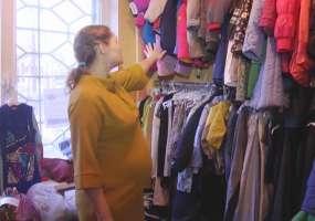 Нуждающихся нижнекамцев приглашают на благотворительный склад за вещами
