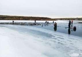 Выходи только на проверенный лед: рейды спасателей по водоёмам Нижнекамска продолжаются