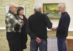 В музее открылась выставка ушедших художников Нижнекамска