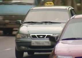 Таксист прождал клиентку 8 часов