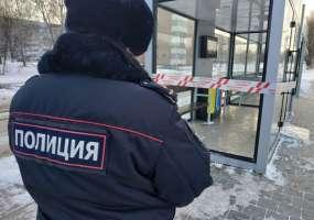 В Нижнекамске ищут подростков, которые нечаянно разбили остановку за 1 млн рублей