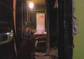 В Нижнекамске на полу горящей квартиры пожарные нашли женщину