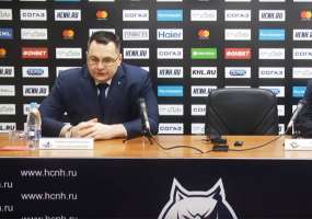Андрей Назаров покинул пост главного тренера «Нефтехимика»