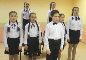 Ответную песню про Нижнекамск для «Хора Светлакова» исполнили на татарском