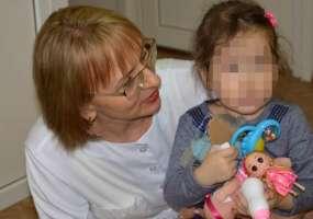 В Нижнекамске мать бросила дочь в магазине и исчезла