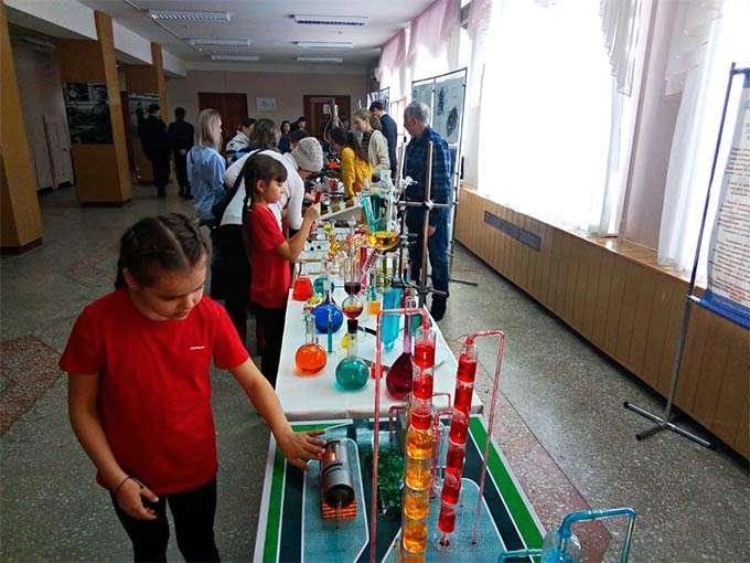 В Нижнекамске прошла XVII научно-исследовательская конференция им. Спиридона Молодцова