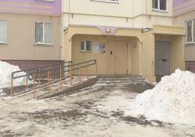 Инвалиды-колясочники пожаловались на неудобства жизни в новых районах Нижнекамска