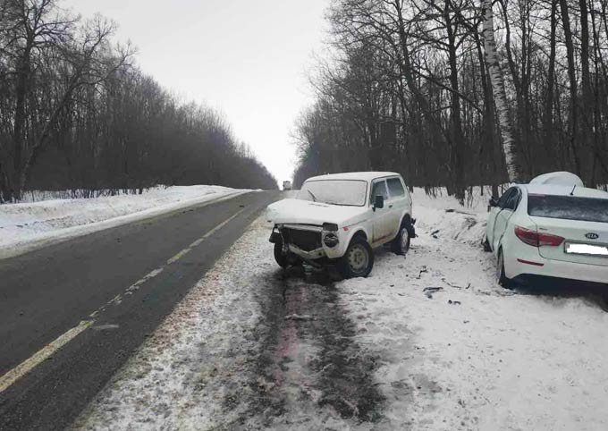 В ДТП на трассе Чистополь – Нижнекамск в ДТП пострадали 4 человека