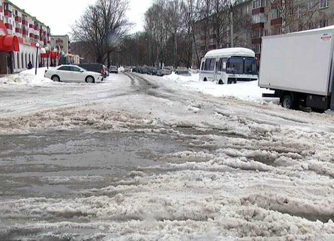 Жительница Нижнекамска возмущена отписками об уборке улиц от снега