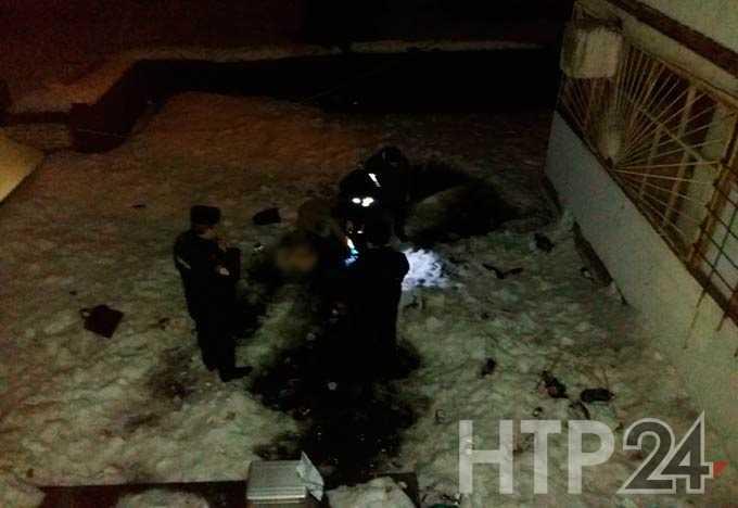 В Нижнекамске мертвый мужчина пролежал на крыше торгового центра несколько часов