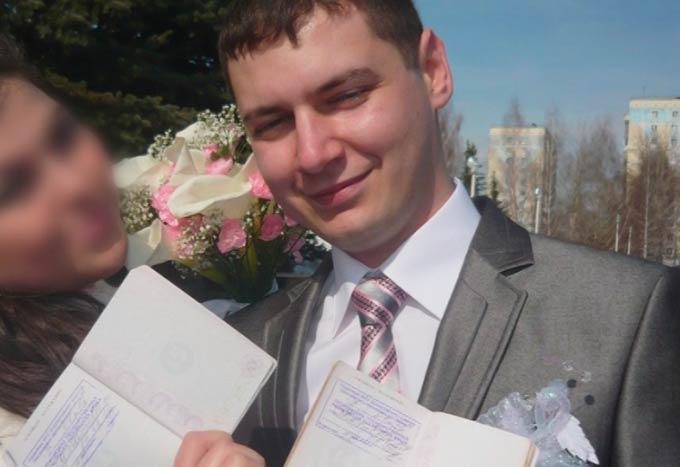 В Нижнекамске неизвестный зарезал полицейского