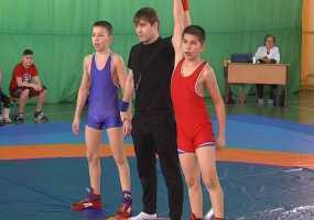 В Нижнекамск на первенство по греко-римской борьбе съехались почти 200 спортсменов