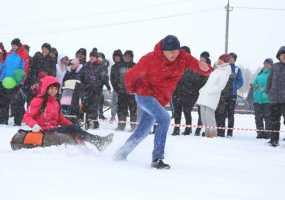 В Нижнекамске прошёл семейный спортивный праздник для полицейских и их родных