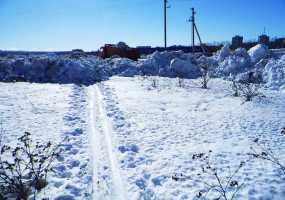 Коммунальщики завалили снегом тропы лыжников и «собачников»