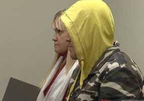 Нижнекамку, ударившую 13 раз ножом своего сожителя, отпустили из зала суда
