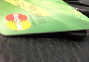 Клиенты Сбербанка уже скоро смогут снимать на кассах в магазинах наличные