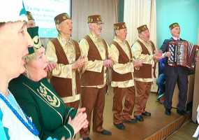 Фольклорный ансамбль «Талир тәңкә» отмечает юбилей