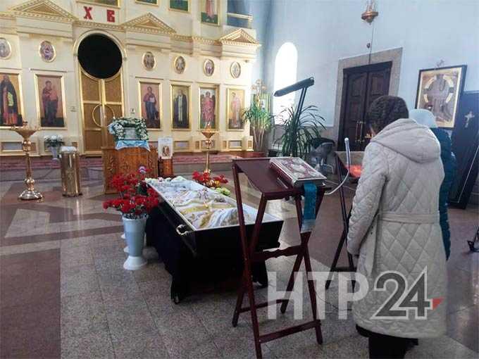 В Нижнекамске прощаются с настоятелем храма святого праведного Иоанна Кронштадтского