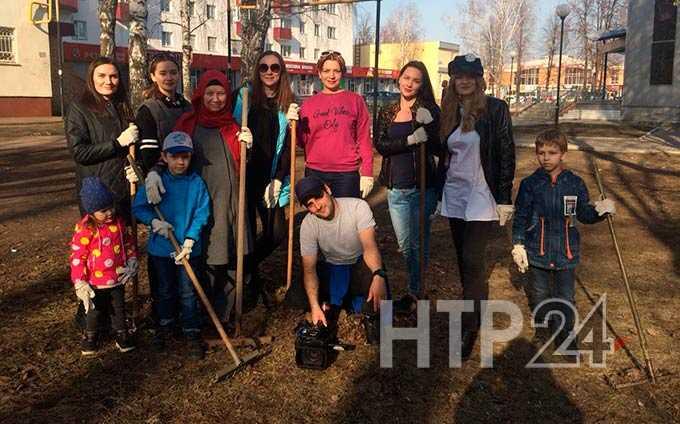 #ЧистоТУТ: сотрудники НТР вышли на уборку города