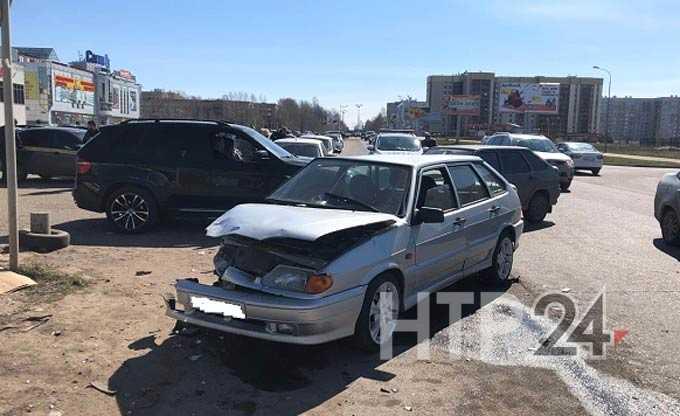 В Нижнекамске 4 человека пострадали в серьезном ДТП