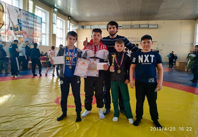 Нижнекамские вольники заняли весь пьедестал почета в Ульяновске
