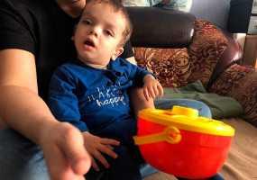 Маленькому нижнекамцу Ярославу Кулёмину нужна помощь в приобретении специальной коляски