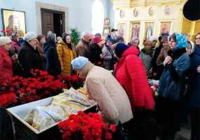 В Нижнекамск на похороны отца Георгия прибыл митрополит Казанский и Татарстанский Феофан