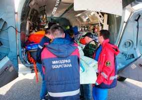 Трое пострадавших во время пожара на заводе в Нижнекамске отправлены на лечение в Уфу