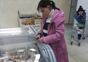В Нижнекамске любительница колбасы была задержана во время повторной кражи