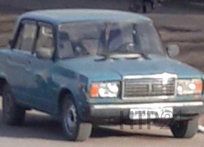 В Нижнекамске угонщики автомобиля попали под камеру видеонаблюдения