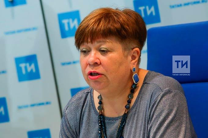 О трудностях с учебой и семейных конфликтах подростки Татарстана сообщают на телефон доверия