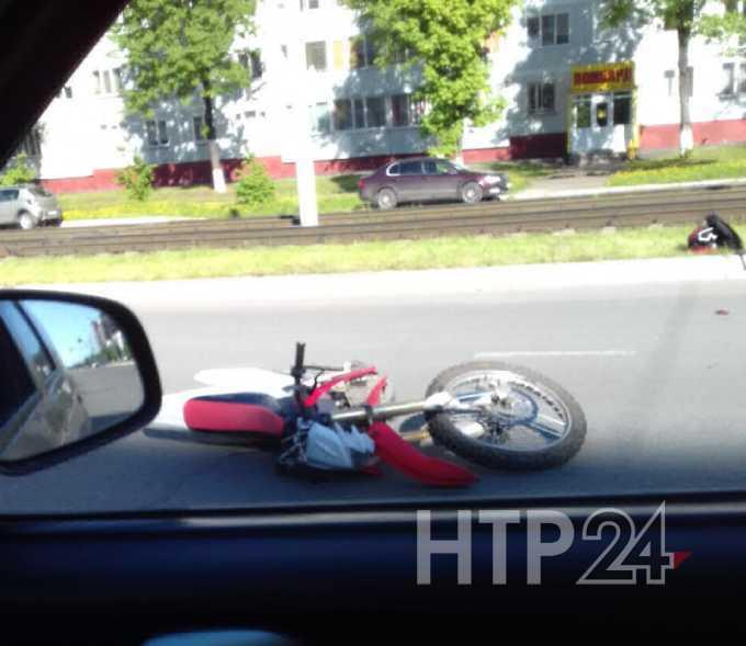 Два байкера разбились на центральном проспекте Нижнекамска