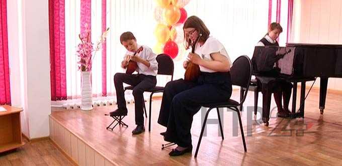 В Нижнекамске состоялся выпускной бал в «старейшей» музыкальной школе