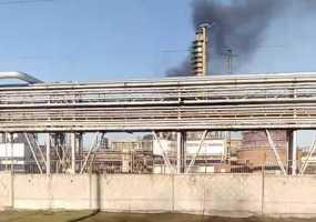 Пострадавших во время пожара на одном из заводов Нижнекамска начали выписывать из больницы