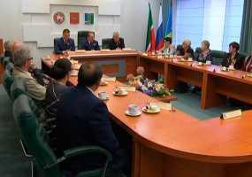Мэр Нижнекамска провел «круглый стол» с ветеранами Великой Отечественной войны