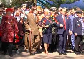 Более 100 тыс. человек приняли участие в праздничных мероприятиях в честь дня Победы в Нижнекамске