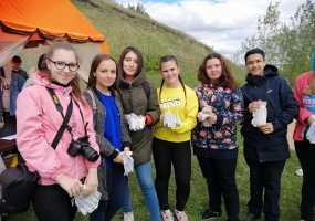 Волонтеры из Нижнекамска участвуют в «Чистых играх»