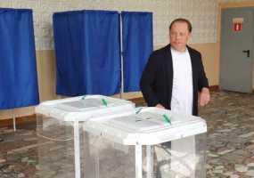 Мэр Нижнекамска принял участие в Едином дне предварительного голосования