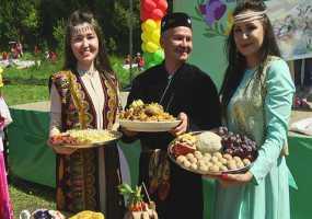 Нижнекамские педагоги на «Зеленом педсовете» готовили особенные блюда