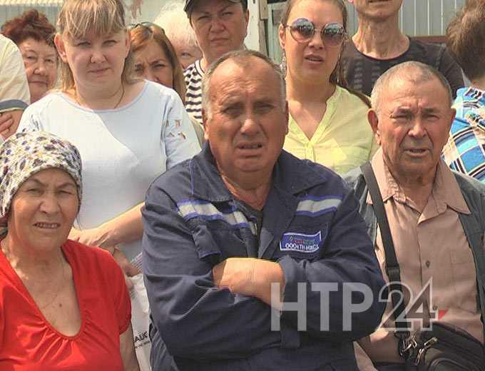 «Сапоги – в пакет, и на остановке их прячет» - нижнекамские дачники написали заявление в полицию на председателя товарищества