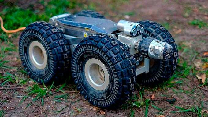 В Нижнекамске робот обследует сети ливневых канализаций