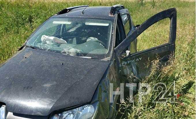 В Нижнекамске разыскивают водителя, устроившего ДТП и скрывшегося с места