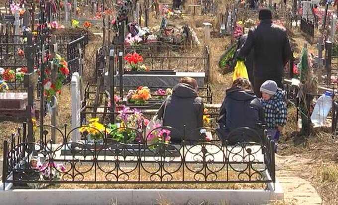 Житель Татарстана умер у ворот на кладбище