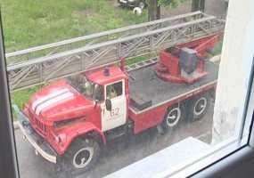 В Нижнекамске из-за пожара жильцов дома пришлось спасать при помощи масок