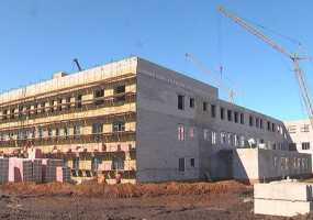 В Нижнекамске продолжается прием документов на зачисление детей в новую школу