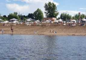 Нижнекамские спасатели следят за купающимися в неположенном месте горожанами
