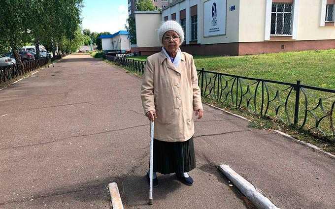 Блокадница Ленинграда, проживающая в Нижнекамске, озабочена благоустройством своего микрорайона